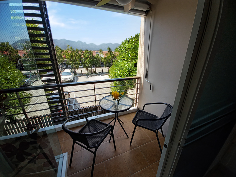 hua-hin-tira-tiraa-studio74-balcony
