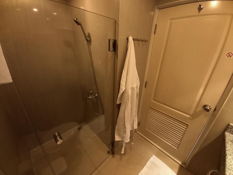 hua-hin-tira-tiraa-studio74-bathroom-2